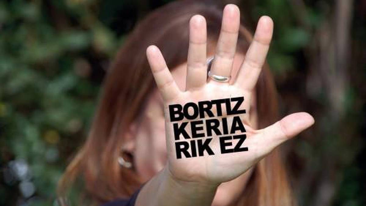 Moreak Lezamako talde feministak elkarretaratzera deitu du biharko