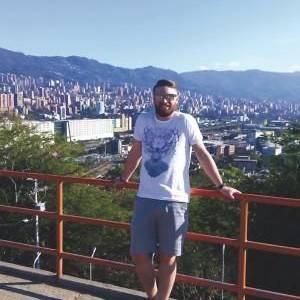 """Orkatz Alberdi, bekaduna atzerrian: """"Kolonbia kris"""