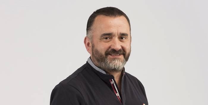 """Iñigo Gaztelu Bilbao, Larrabetzuko EH Bilduko alkategaia: """"Larrabetzun, larrabetzuarrak protagonistak izango dira"""""""